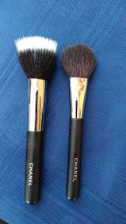 2 Chanel Blush and powder/foundation brushes