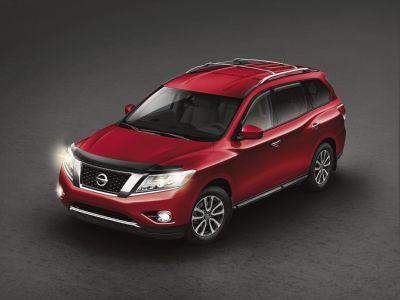 2015 Nissan Pathfinder S (Red)