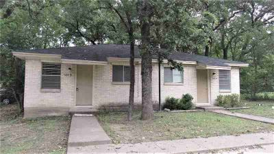 504 College Main A-B #A-B College Station, duplex right in