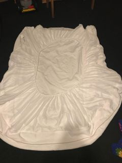 Field crest mattress cover with lining