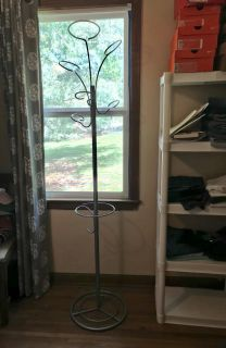Mid Century inspired 6 coat rack in EUC SOLID & STURDY