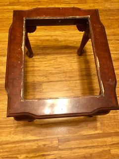 FREE WOODEN END TABLE