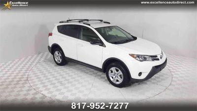 2014 Toyota RAV4 LE (Super White)