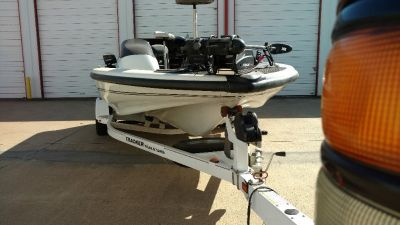 2007 Avalanche Tracker Bass Boat