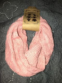 New pink infinity scarf