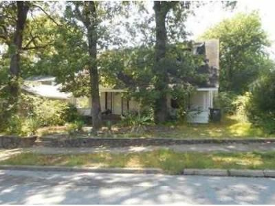 3 Bed 2 Bath Foreclosure Property in Little Rock, AR 72204 - Lewis St
