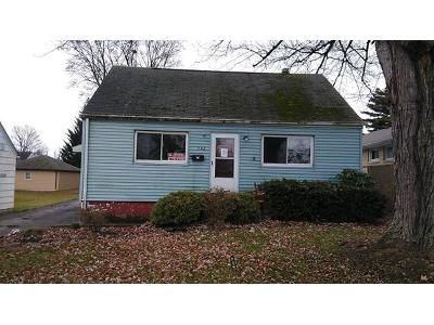 2 Bed 1 Bath Foreclosure Property in Struthers, OH 44471 - Lincoln Ave