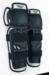 Sell Fox Racing Titan Sport 2014 Knee/Shin Guards Black motorcycle in Holland, Michigan, US, for US $26.55