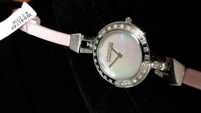 Charles WInston diamond Mother of Pearl