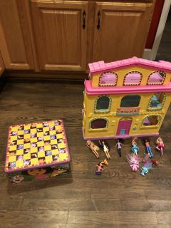 Large Mini Barbie doll house that folds Up /Dora step $30 great for Christmas