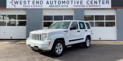 2012 Jeep Liberty Sport (White)
