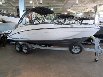 2017 Yamaha 212 Limited S Jet Boats Irvine, CA