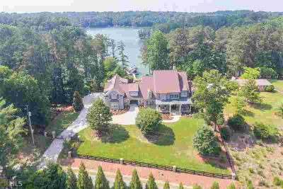 4774 Propes Dr OAKWOOD Six BR, Custom gated home on Lake Lanier
