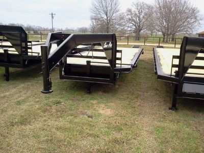 2014 WITH WARRANTY GOOSENECK TRAILER
