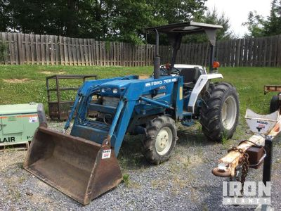 1988 (unverified) Ford 1920 2WD Tractor