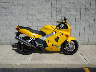 2000 Honda VFR800FI Interceptor Street / Supermoto Motorcycles Monroe, MI