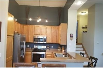 3 bedrooms Townhouse - Available on or after 7/25 - Clean. 2 Car Garage!