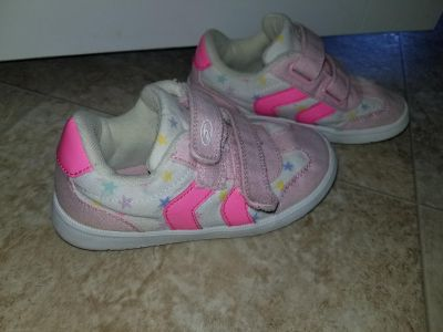 Dr Scholls toddler girls shoes size 10 wide.