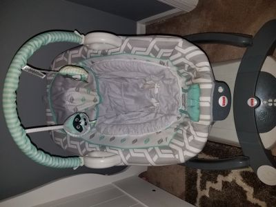 Fisher price glide and soothe swing