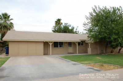 Adorable TEMPE 5bd/2ba home with Fireplace & POOL!
