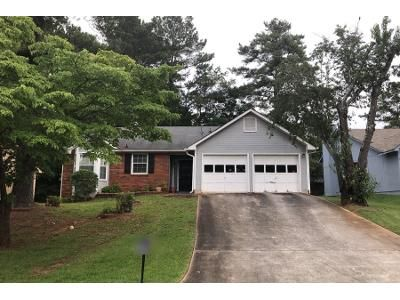 3 Bed 2.0 Bath Preforeclosure Property in Decatur, GA 30035 - Yorkdale Dr