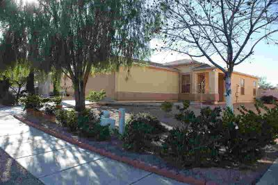 5446 S Via Florena Tucson Two BR, Move in ready home
