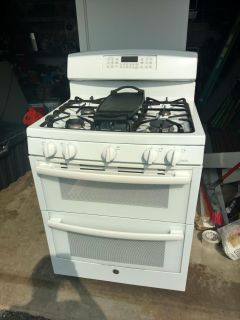 GE gas stove/double oven