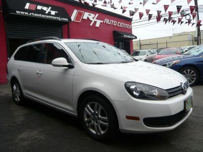 2012 Volkswagen Jetta SportWagen TDI (Candy White)