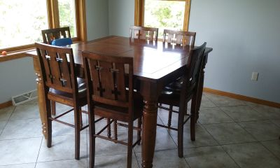 Counter Height Table w/ 8 Chairs