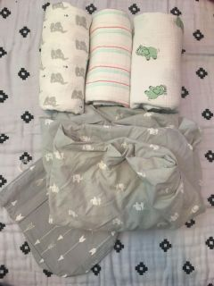 Aden & Anais mixed lot swaddles with sheet POMS