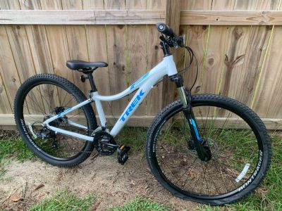 Trek Skye Women s Mountain Bike