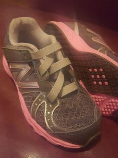Brand new. New Balance toddler girl size 8 1/2 sneakers. Gallatin