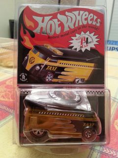 2009 Hot Wheels VW Drag Bus RLC Club Membership - Taxi