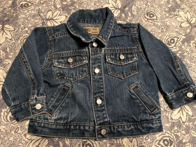 Old Navy Infant Blue Jean Jacket. Nice Condition. Size Newborn