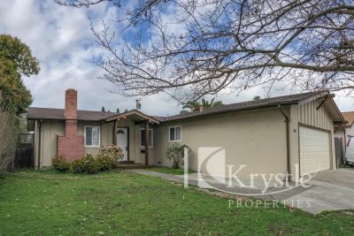 Nicely done single-level home on Vallejo/American Canyon border