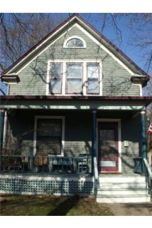 Old West Side/Downtown 3BR Carming House
