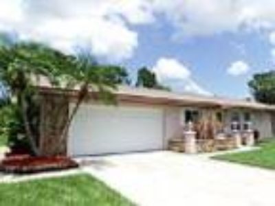 Home for Sale in Englewood FL - RealBiz360 Virtual Tour