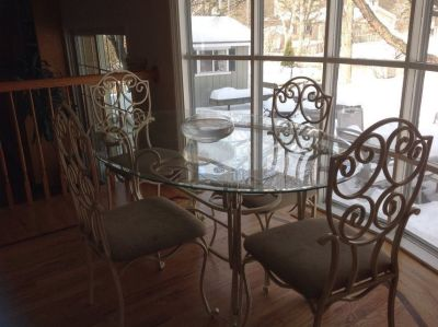 Kitchen Table and 6 chairs, Dining Room Table