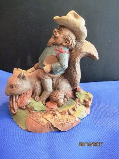 Tom Clark Gnome Buffalo Bill 1985 with Squirrel Signed