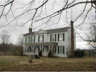 5 Bed 2.5 Bath Foreclosure Property in Lancaster, KY 40444 - Old Danville Rd