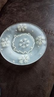Plate with snowflake design