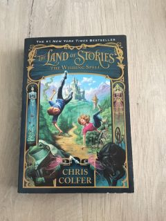 New Paperback The Land of Stories The Wishing Spell by Chris Colfer