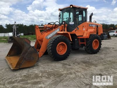 2013 Doosan DL220-3 Wheel Loader