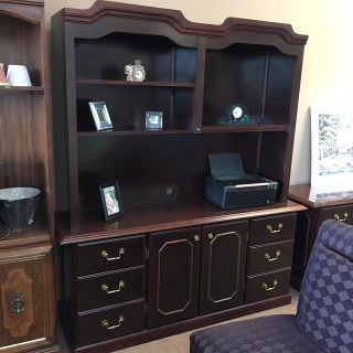 Hutch/Buffet Cabinet