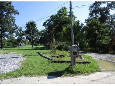 2 Bed 1 Bath Foreclosure Property in Cleveland, TN 37323 - Ramsey Bridge Rd SE