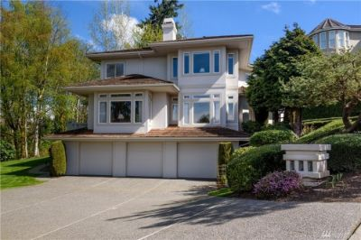$1,198,000, 13591 sq.ft, 5892 169th Ave SE