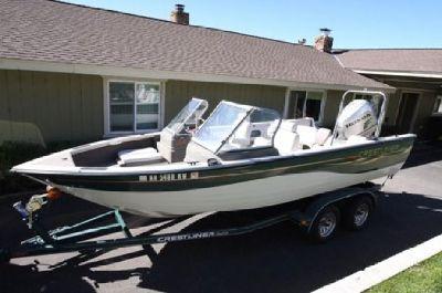 2006 Crestliner Model 2000 (20') w/ 225 HP HONDA Outboard