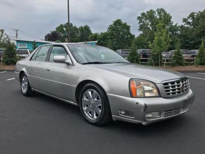 2005 Cadillac DeVille DTS (Light Platinum)