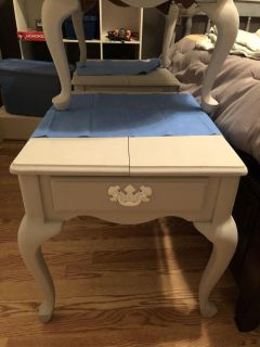 Coffee Table and 2 Side Tables