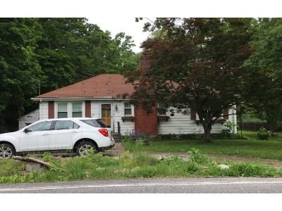 2 Bed 1 Bath Preforeclosure Property in Cornwall, NY 12518 - Angola Rd